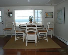 Suite Dining Area
